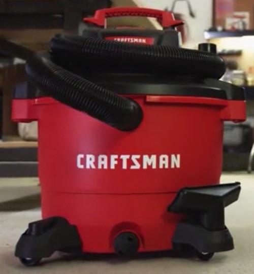 Craftsman CMXEVBE17595 Shop Vac Red/Black
